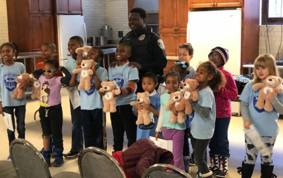 Milwaukee Police Partner with Milwaukee Central Adventurers to Teach About Child Safety