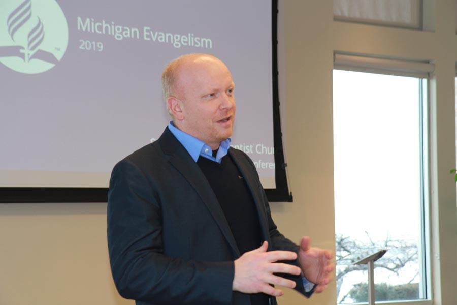 Three Guest Speakers Equip Wisconsin Pastors Today
