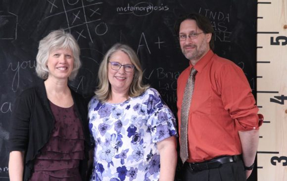 Wisconsin Teachers and Office Team Pay Tribute to Linda Rosen as She Retires