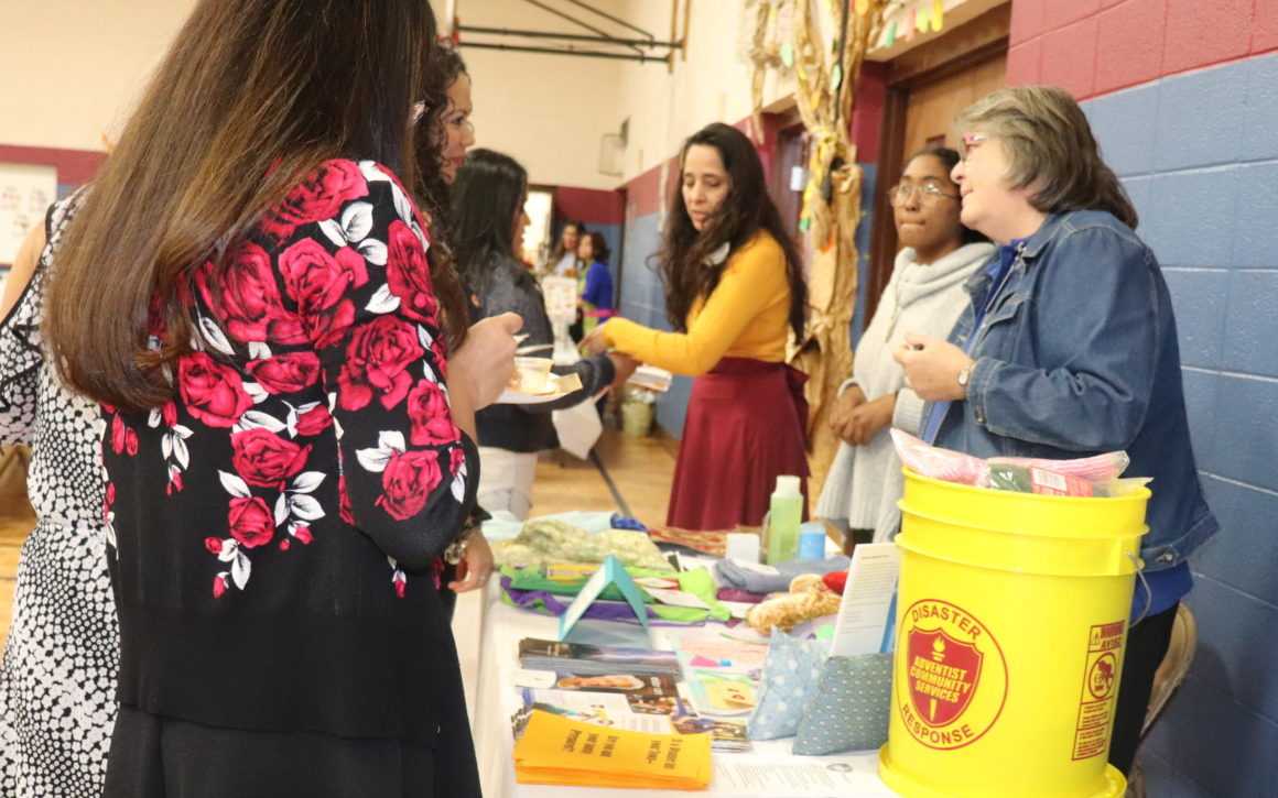 ACS Booth Raises Outreach Awareness at Hispanic Women's Evangelistic Banquet