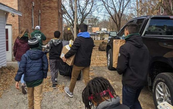 Green Bay Pathfinders Aid Community