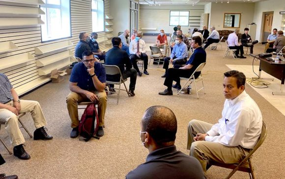 Wisconsin Pastor's Meet For First Time Since Pandemic