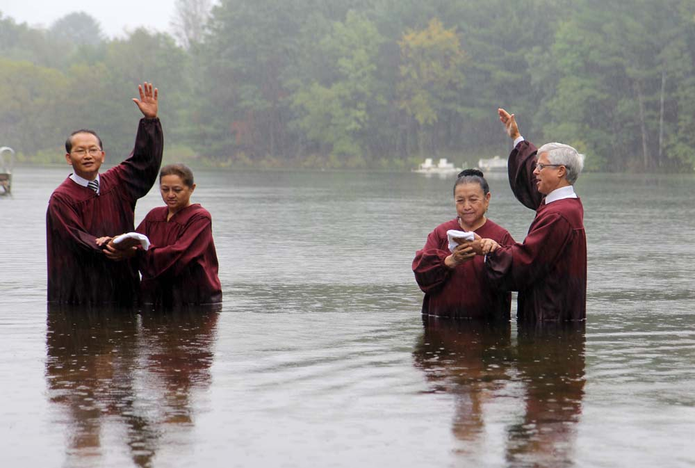Eight New Members Baptized Into the Milwaukee/Madison Hmong Congregation