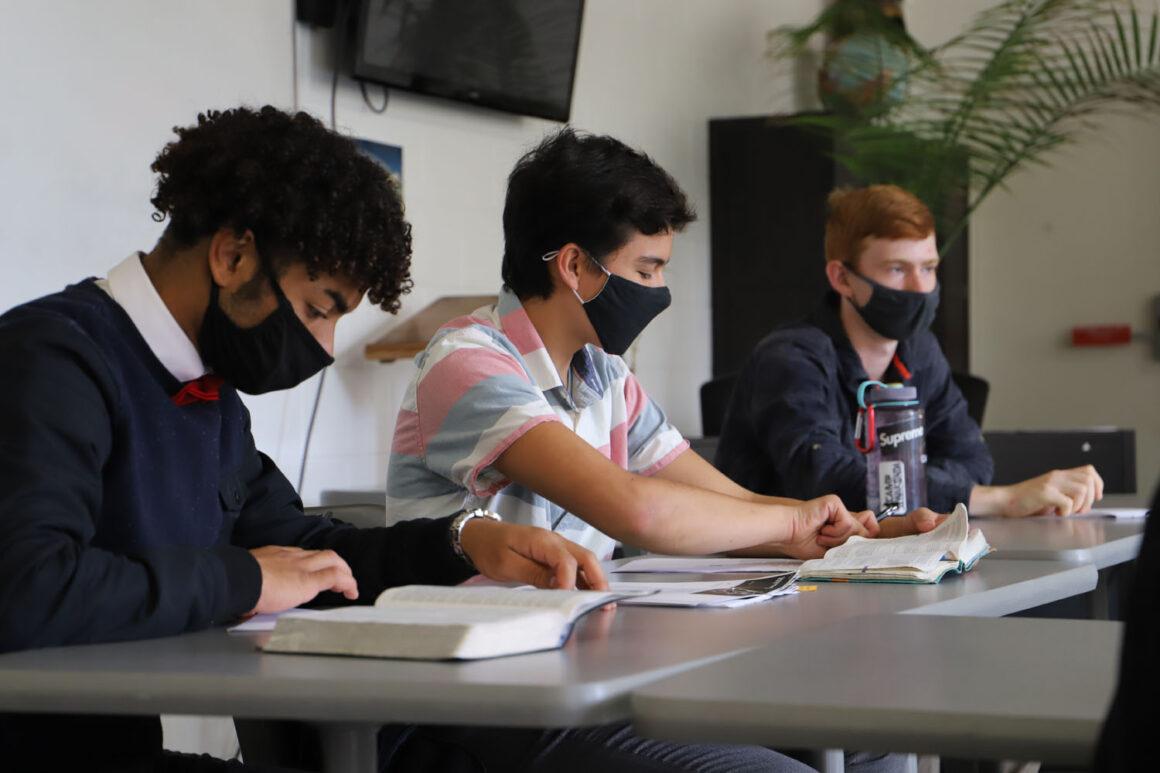 Wisconsin Academy Students Lead Small Sabbath School Groups