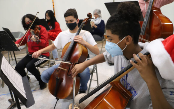 Wisconsin Academy Students Prepare for Recorded Christmas Concert