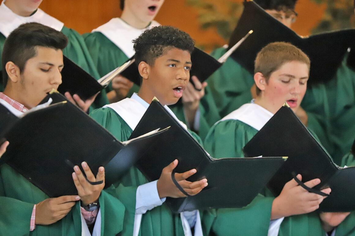 Wisconsin Academy Choir Sings for Church